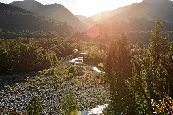 Fahrt entlang mehrere Flusstäler.