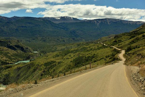Carretera Austral und Rio Baker.