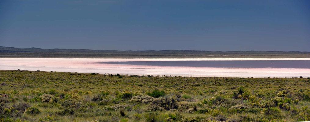 Die linke Seite des Salzsees.