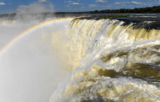 Das Teufelsloch Iguazu-Fälle.
