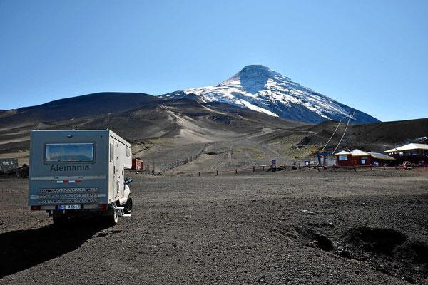 Morgens sind wir fast alleine am Osorno.