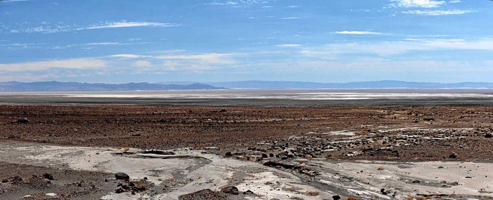 Blick über den Salzsee.