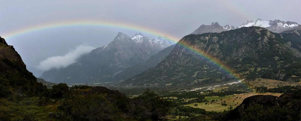 Wo viel Regen ist, ist manchmal auch ein Regenbogen.
