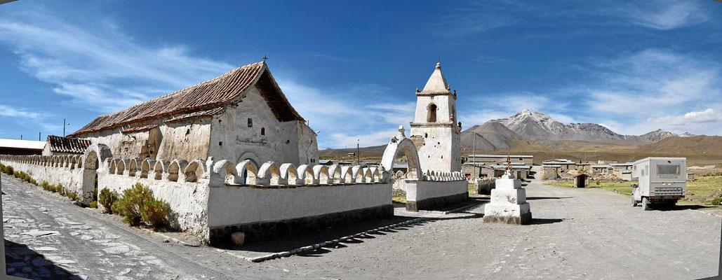 Die Adobekirche von isluga.