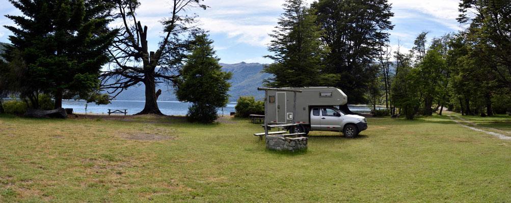 Der Übernachtungsplatz am Lago Mascardi.