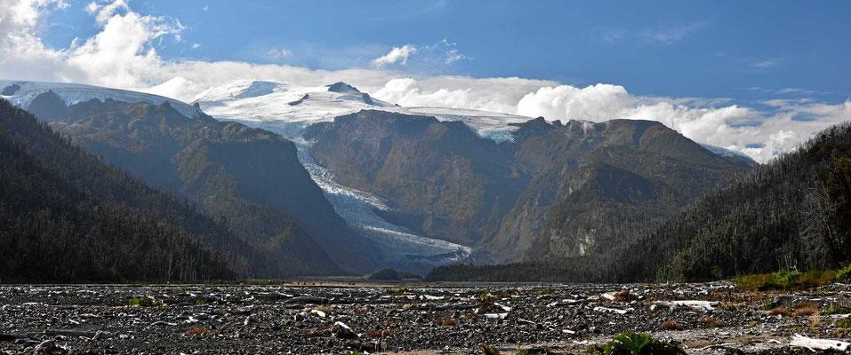 Die Gletscher des Vulkans Michinmahuida.