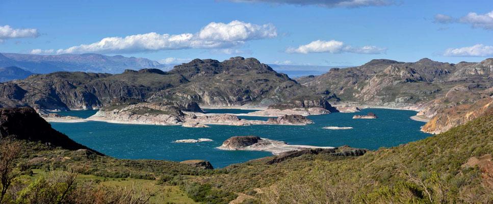 Die Laguna Verde beim Lago General.
