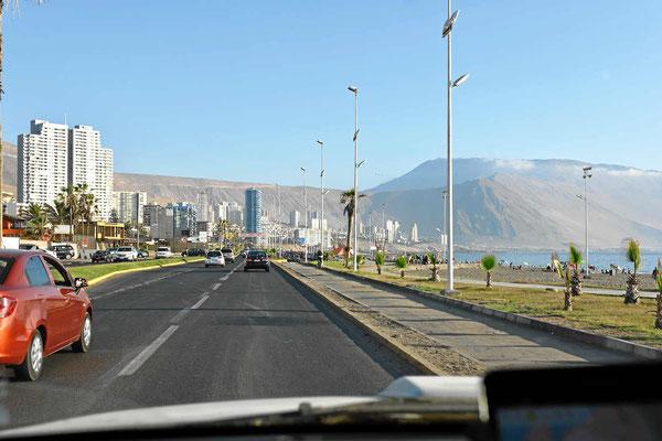 Die Uferpromenade von Iquique.