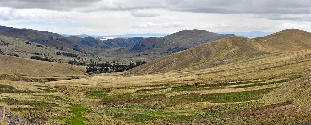 Die bolivianische Seite des Titicacasees ist wunderschön.