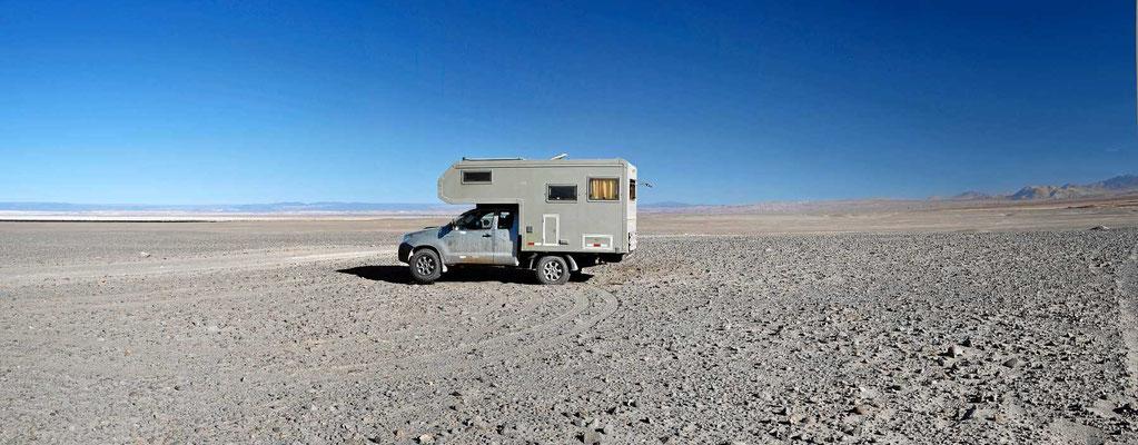 Und wieder ein toller Übernachtungsplatz mitten in der Wüste.