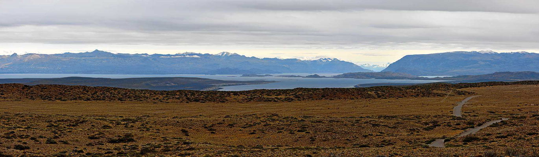 In Argentinien heißt der See Lago Buenos Aires.