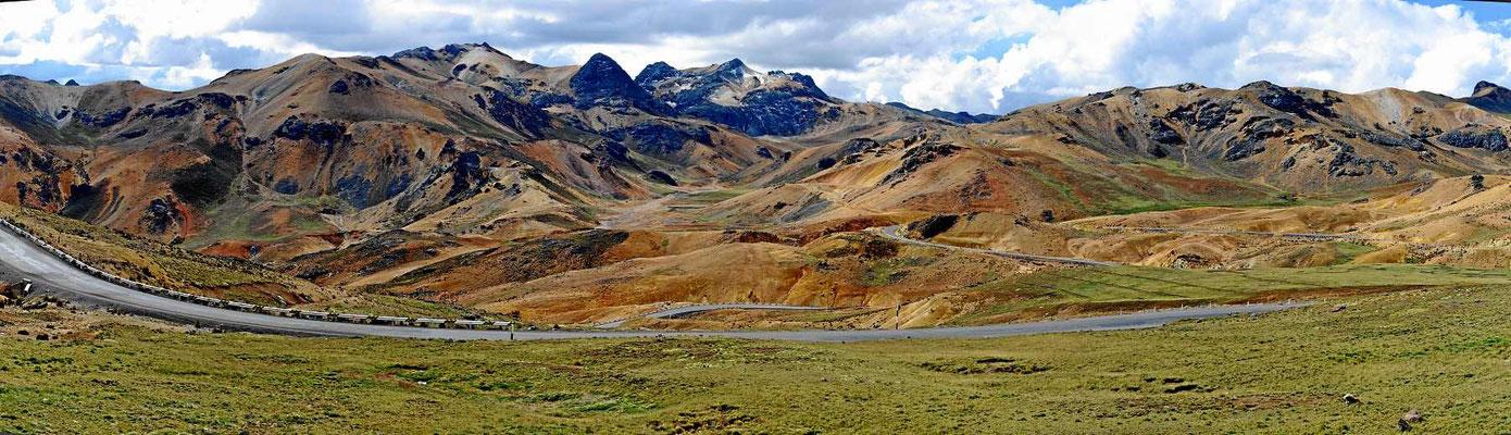 Genussfahrt über den Altiplano.