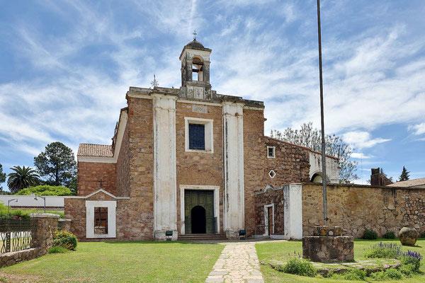 Die Kirche der Estancia.