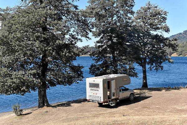 Unser Übernachtungsplatz am Lago Icalma.