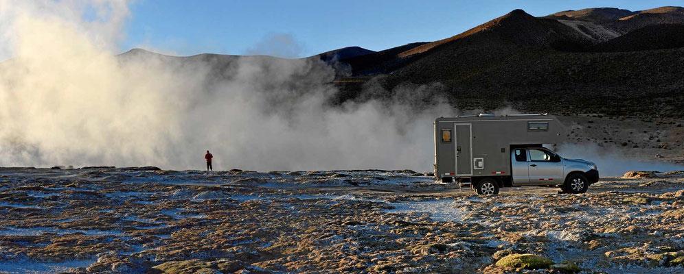 Das Wasser kommt hier mit 50°C aus dem Boden.