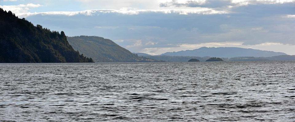 Der See Calafquen, einer der vielen Seen der chilenischen Seenplatte.