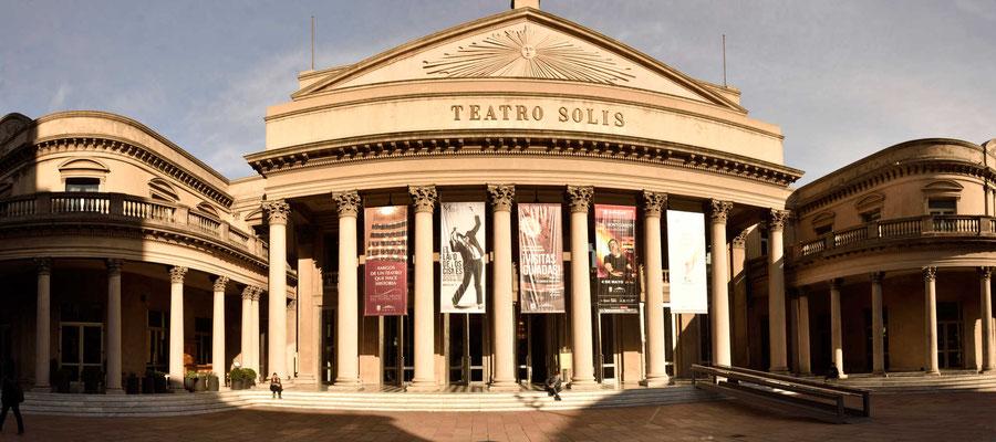 Das Theater von Montevideo.