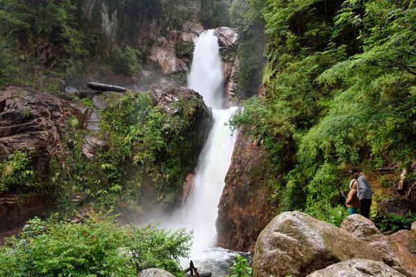 Ein Wasserfall an der Carretera.