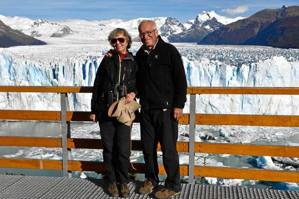 Ein Selfie vor dem Gletscher.