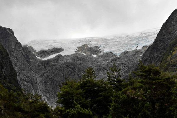 Gletscherblick im Natinialpark Quelat.