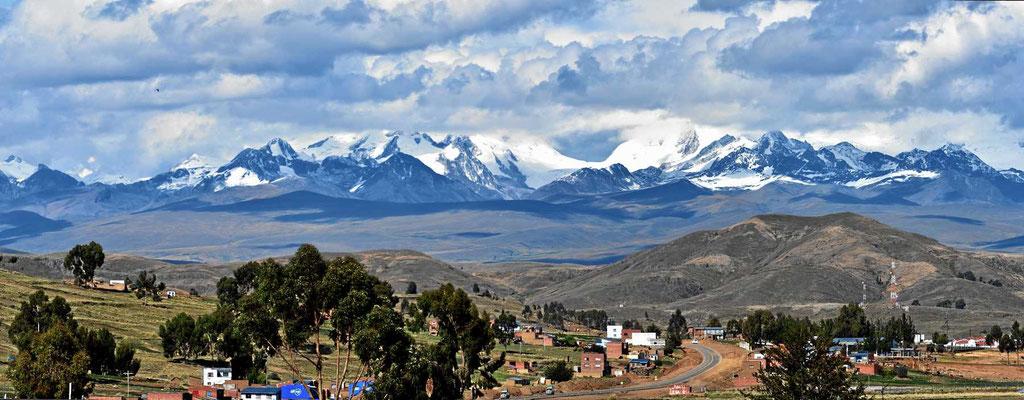 Die Cordillera Real bei La Paz.