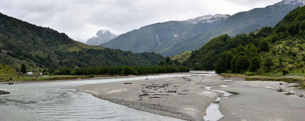 Der Rio Murta kurz vor dem Lago General Carrera.