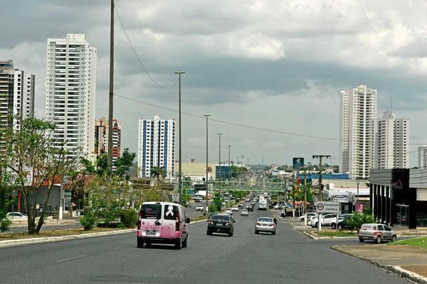 Cuiaba ist eine richtig große Stadt.