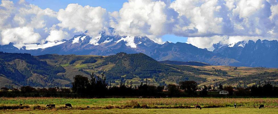 Schneeberge nahe bei Cusco.