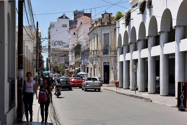 Streifzug durch die Altstadt von Salta.