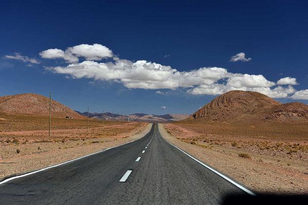 """Ein echter """"Wildwest-Ritt"""" mit schöner Musik im Auto und 50 km/h, ich genieße die Fahrt."""