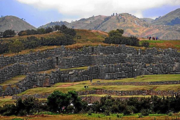 Reste einer Incafestung auf dem Weg nach Ollantaybambo