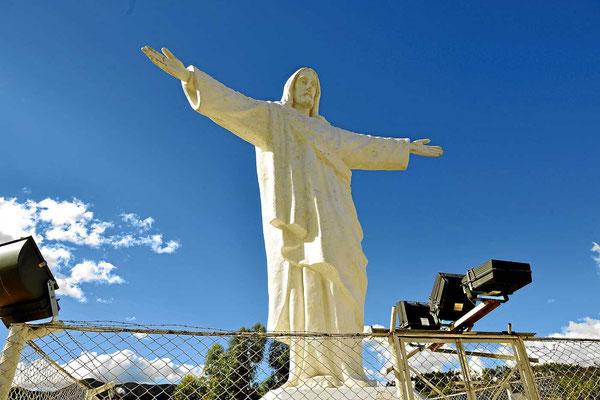 Die Christusstatue hoch über Cusco