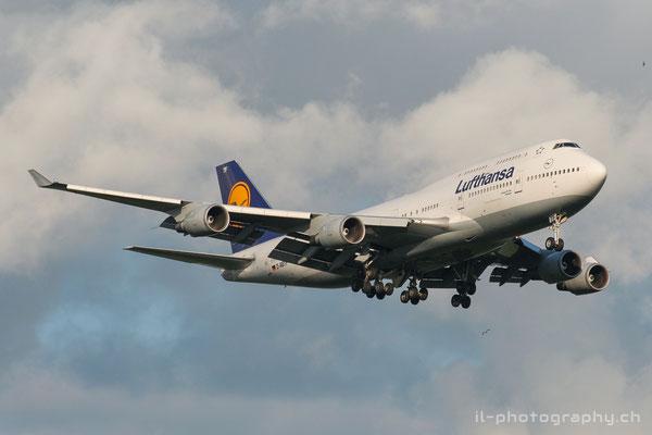 Boeing B747-400, Lufthansa, D-ABTF