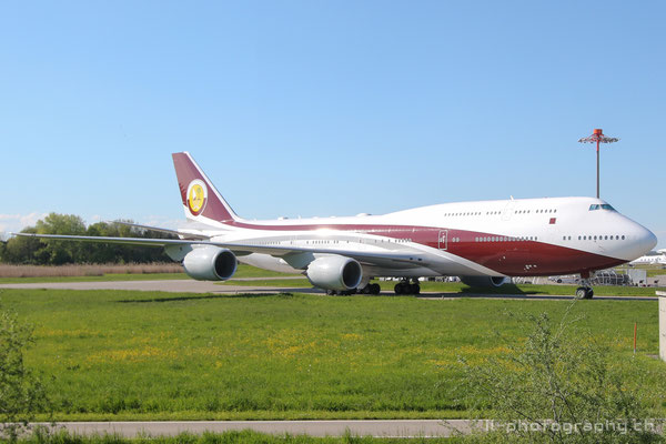 Boeing B747-8, Government of Qatar (Sheikh Khalifa Bin Hamad Al Thani), VQ-BSK