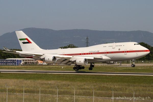 Boeing B747-400, Abu Dhabi Amiri Flight, A6-YAS