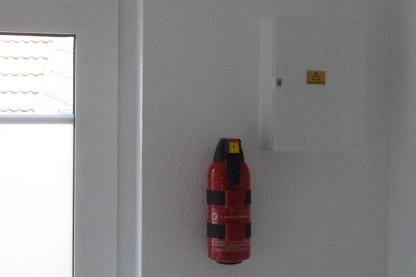 Bothmann strandnahe Ferienwohnungen auf Usedom, Karlshagen, Lindenweg 6e: Sicherheit - mit Feuerlöscher und Rauchmelder