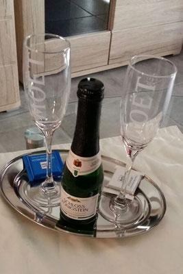 Bothmann strandnahe Ferienwohnungen auf Usedom, Karlshagen, Lindenweg 6e: Willkommen