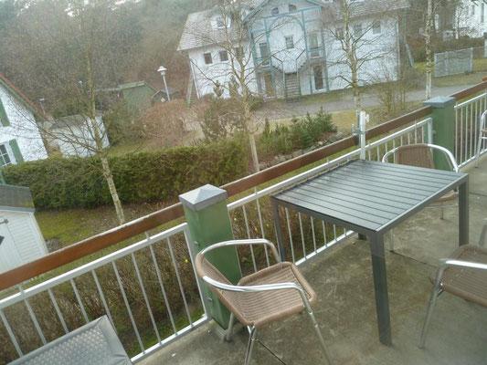 Bothmann strandnahe Ferienwohnungen auf Usedom, Karlshagen, Lindenweg 6e - für bis zu 4 Personen - ausgestatteter Balkon