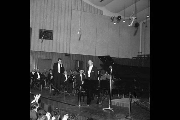 SR and Melles 25-03-65 Milano Grieg Concerto