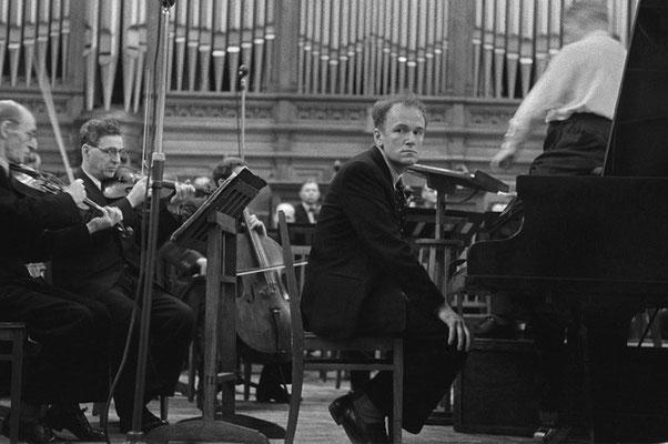 Январь 1951-го, Москва, БЗК. Концерт Листа №1.