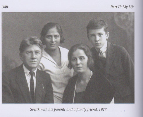 SR with parents and a family friend 1927