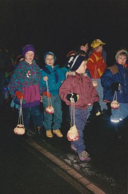 1993: Seit 1991 gibt's die Rüäbäräblätä, unser Räbeliechtli-Umzug