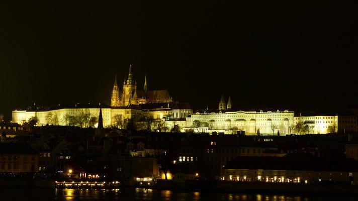 De Burcht by night