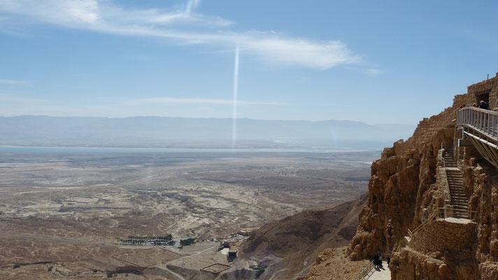 Masada met uitzicht op de Dode Zee