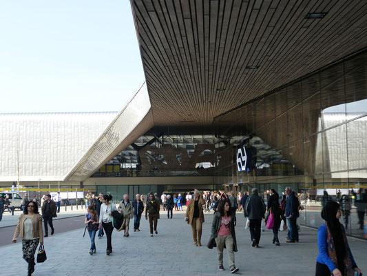 2014 - Het nieuwe Centraal Station op de dag van de opening