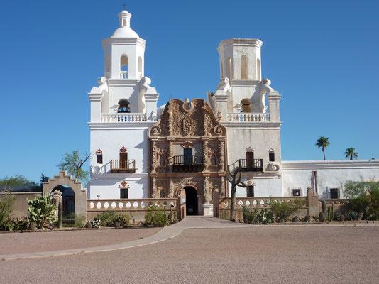 San Xavier del Bac mission - Tucson