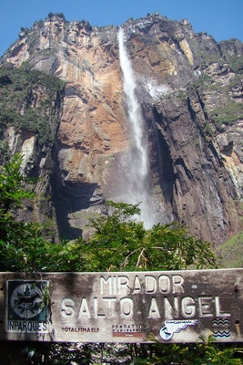 Salto Angel waterval 979 meter hoog