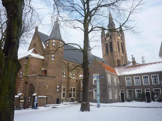 Oude kerk met Prinsenhof