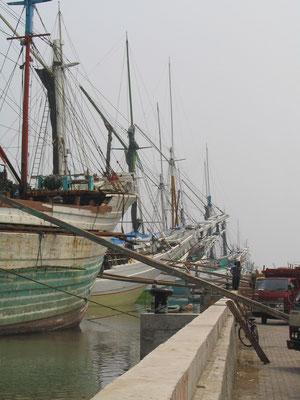 Sunda Kelapa haven Jakarta