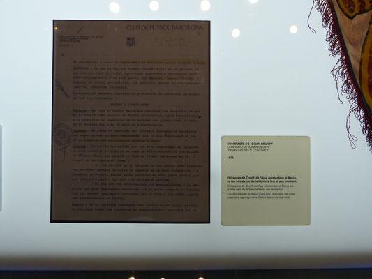 Het eerste contract van Johan Cruijff, 1 miljoen dollar, een gigantisch bedrag toen.